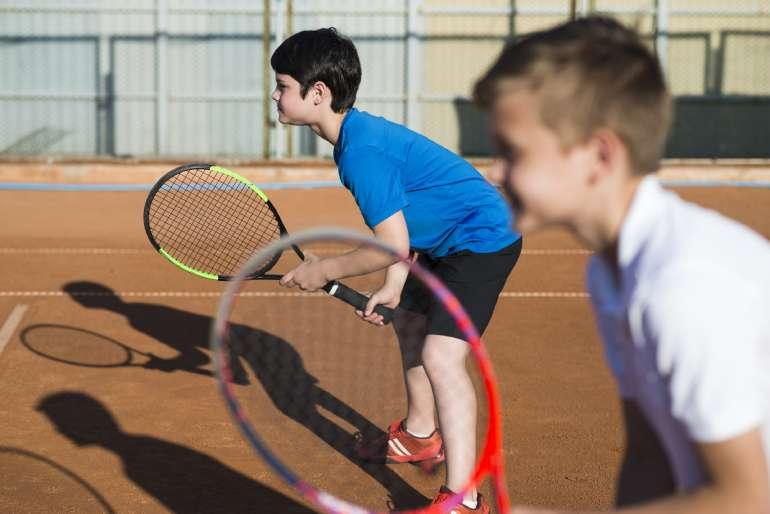 junior tennis players at brickway tennis and pickleball club